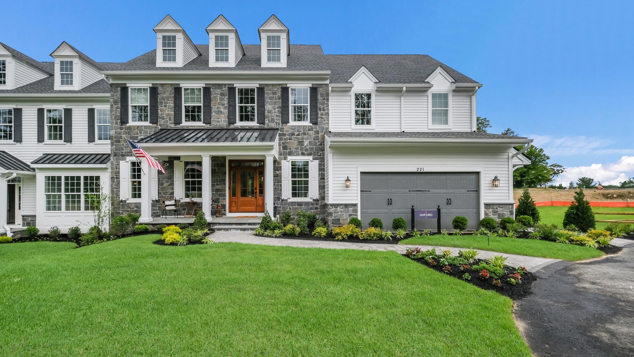 Squire's Ridge: New Homes in Lafayette Hill